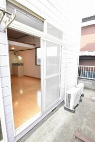 ローズハウス 103号室のバルコニー
