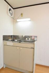 ローズハウス 103号室のキッチン