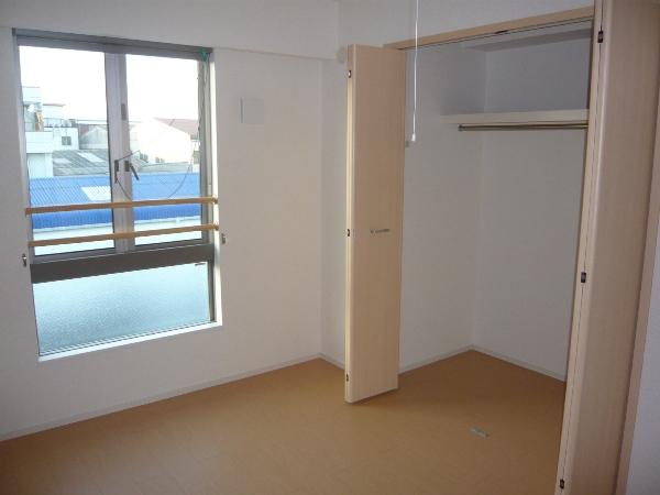 ラピス有松 03010号室の収納
