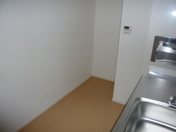 ラピス有松 03010号室のキッチン