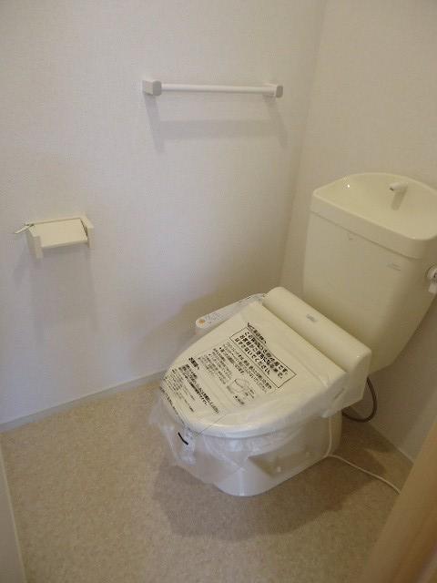 ラピス有松 03010号室のトイレ
