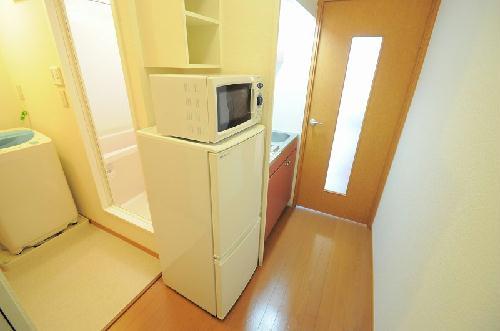 レオパレスもろのき 107号室のキッチン