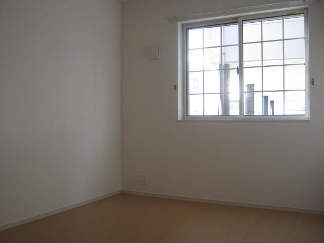 サニーハウス 01010号室のベッドルーム