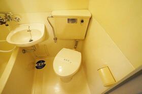 グローリア初穂池上 103号室のトイレ