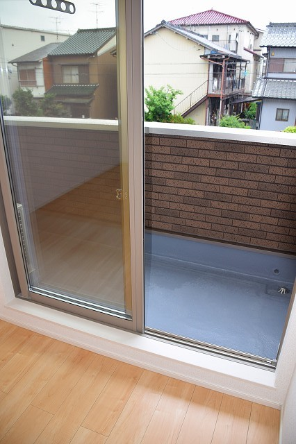 リバーサイド・大江 02050号室のバルコニー