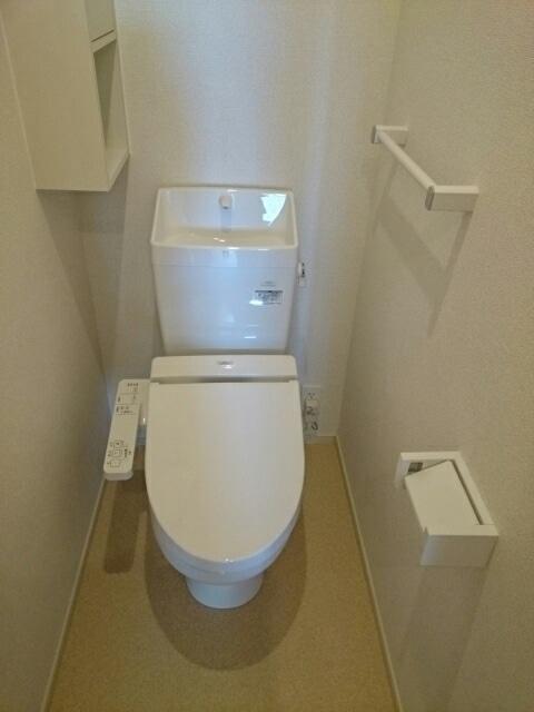 サンハウスつしまⅡ 02010号室のトイレ