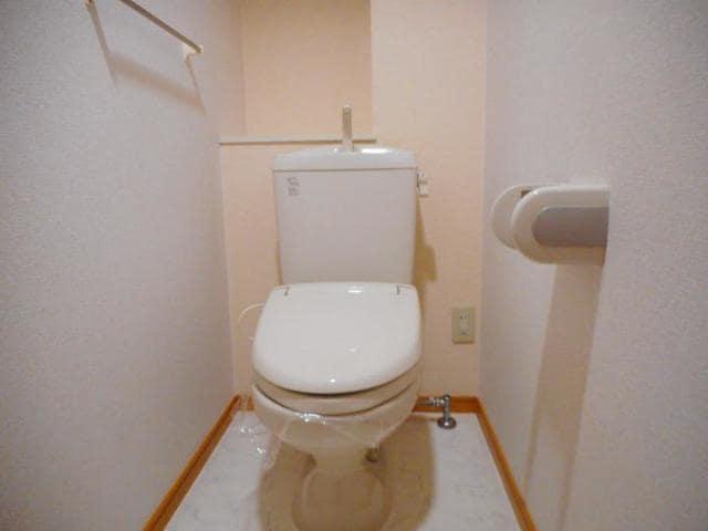 レジデンス港西 02010号室のトイレ