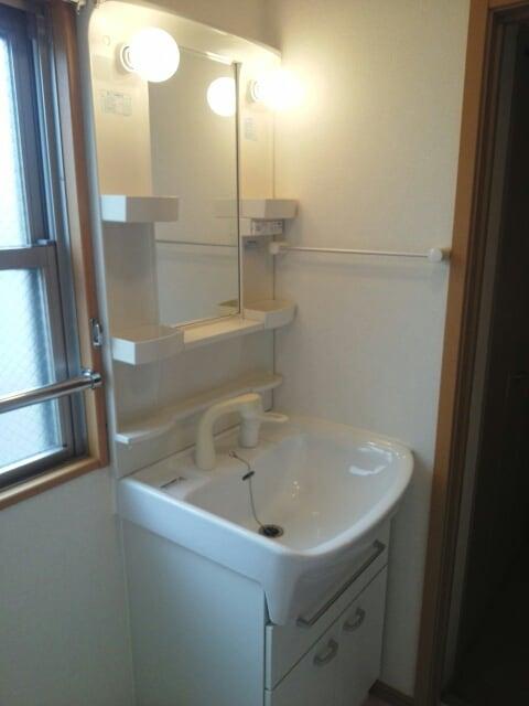 プリムローズ四条 06010号室の洗面所