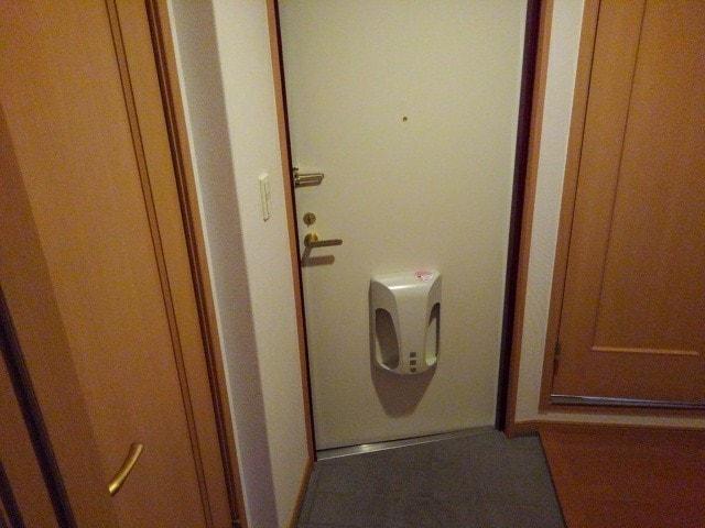 プリムローズ四条 06010号室のリビング