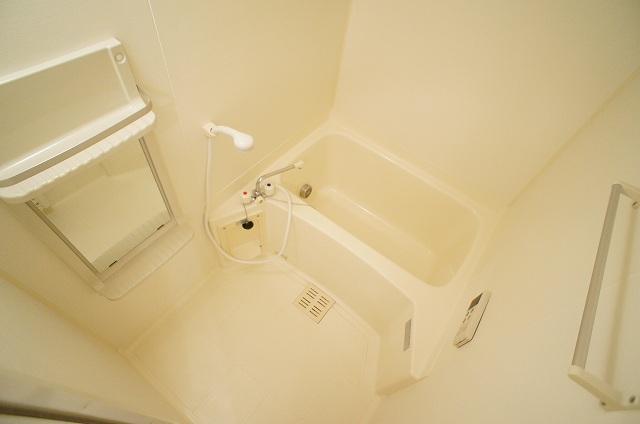 レフィナードB 02020号室の風呂