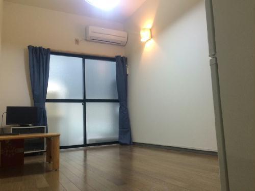 REVANCE HIGASHIURAWA 103号室のリビング