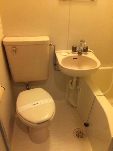 REVANCE HIGASHIURAWA 103号室のトイレ