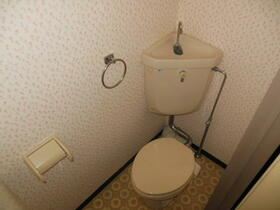 サンライフ香椎 103号室のトイレ