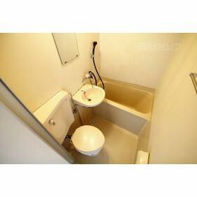 ホワイトハウス新栄 2C号室の風呂