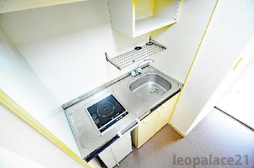 レオパレス別府 107号室のキッチン