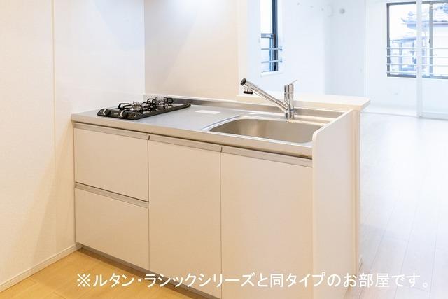 ルーチェクレアⅡA 02010号室のキッチン
