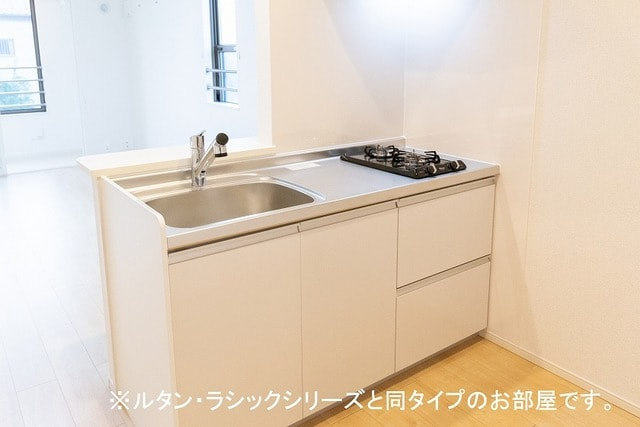 ルーチェクレアⅡA 02040号室のキッチン