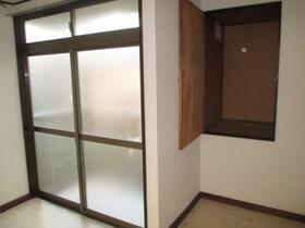 メゾン・ド・ルポ 0202号室の収納