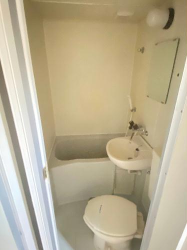 レオパレス都立大学第3 102号室のトイレ