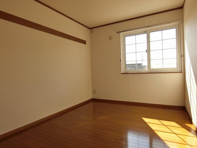 ヒルズⅣ 01030号室のベッドルーム