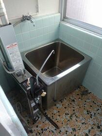 松栄荘 201号室の風呂