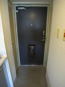 ペガサスマンション経堂 405号室の玄関