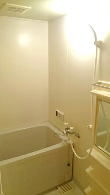 オーブリー 森 01020号室の風呂
