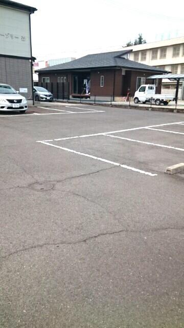オーブリー 森 01020号室の駐車場
