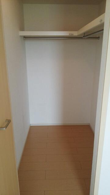 ブランネージュ B 02010号室の収納
