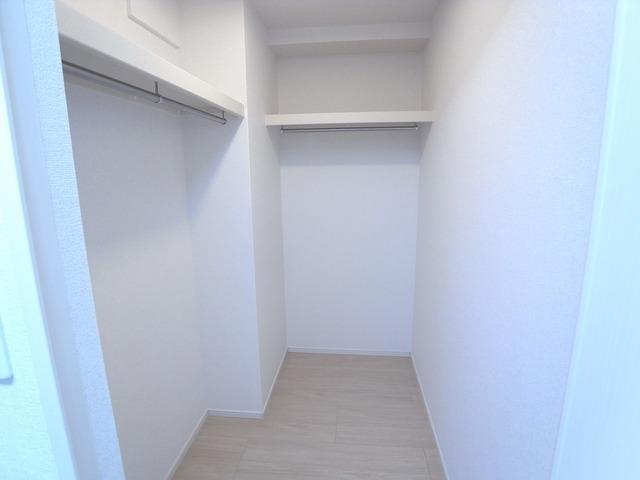 AZresidence草津本陣 06010号室の収納