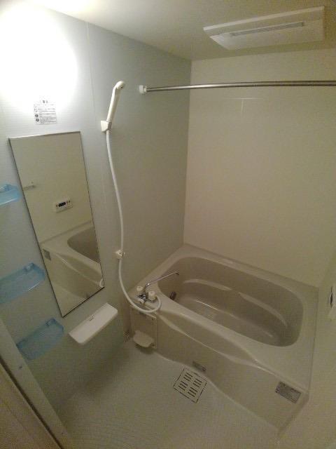 アルカンシエル・ド・ナナ Ⅱ 02020号室の風呂