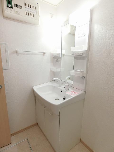 アルカンシエル・ド・ナナ Ⅱ 02020号室の洗面所