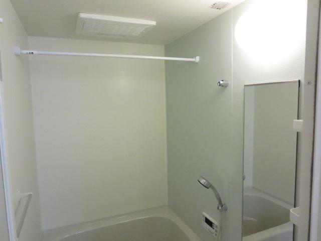 メゾン・ド・フルールA 01040号室の風呂