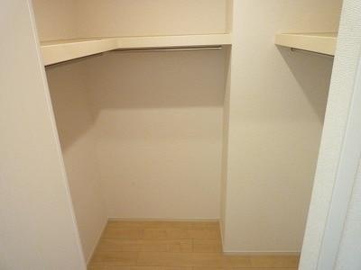 メゾン・ド・フルールA 01040号室の玄関