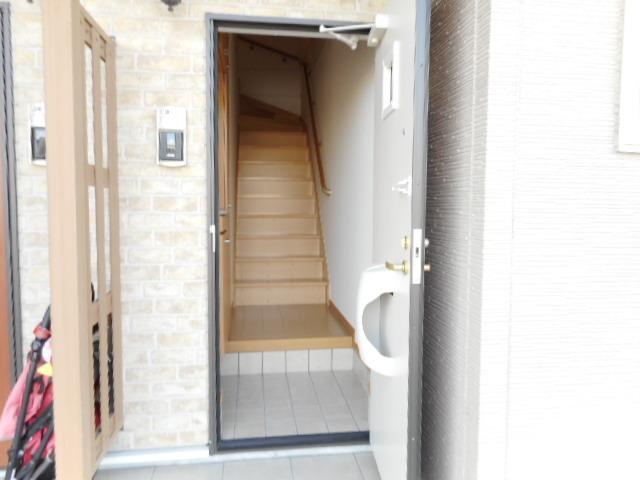 レジデンスM・J A 02010号室の洗面所