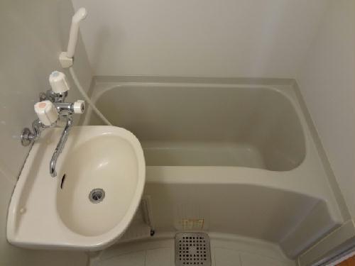 レオパレスフェアリー 114号室の風呂