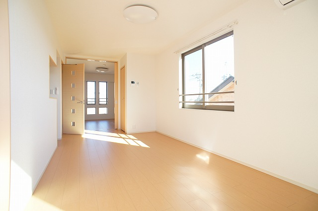 comfort K 03010号室のリビング