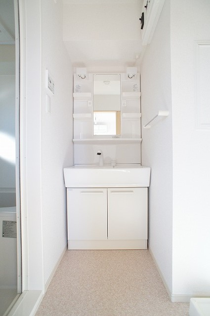 comfort K 03010号室の洗面所