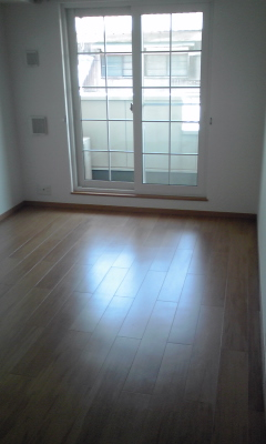 ポポラリタ パラッツオ 02030号室のリビング