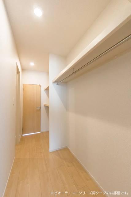 コンフォート粟野西Ⅰ 01020号室の収納