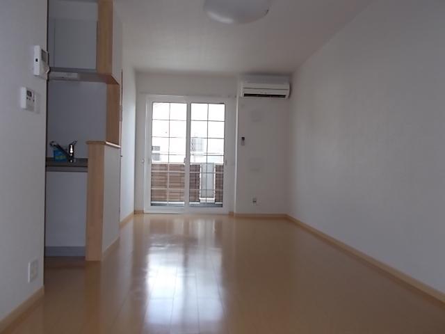 ローズ カレント 01020号室の玄関