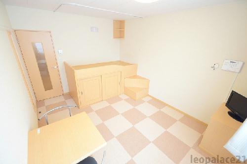 レオパレスMINAMIⅢ 205号室のリビング