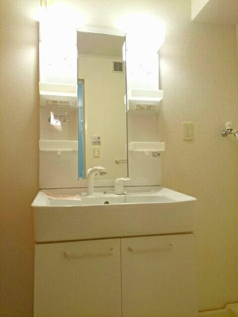 フェリ-チェ カ-サB 01020号室のトイレ