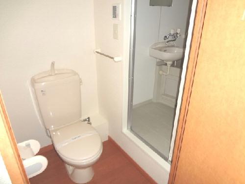 レオパレスエンジェルの館 102号室のトイレ