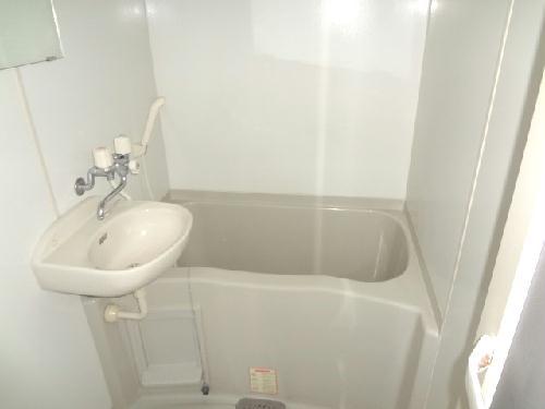 レオパレスエンジェルの館 102号室の風呂