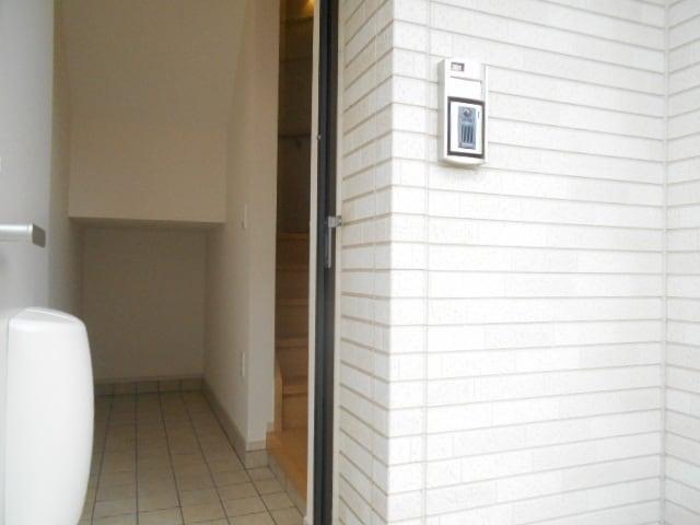 デンタ-ハ-ト 03010号室の玄関