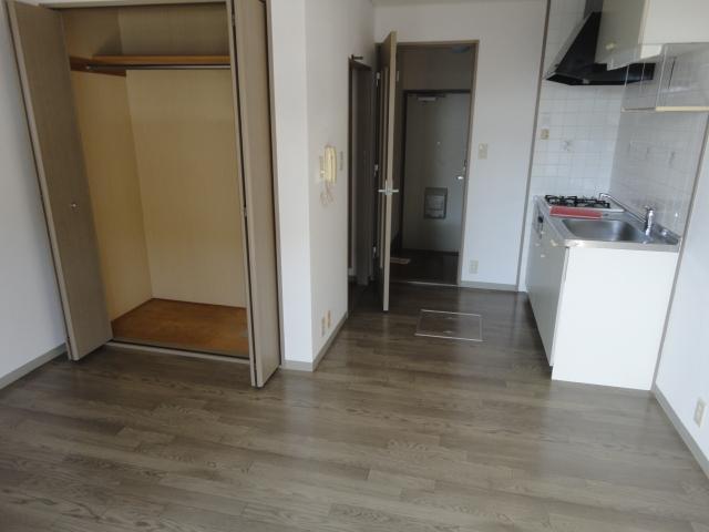 リヴィエール・ナワ 101号室の洗面所