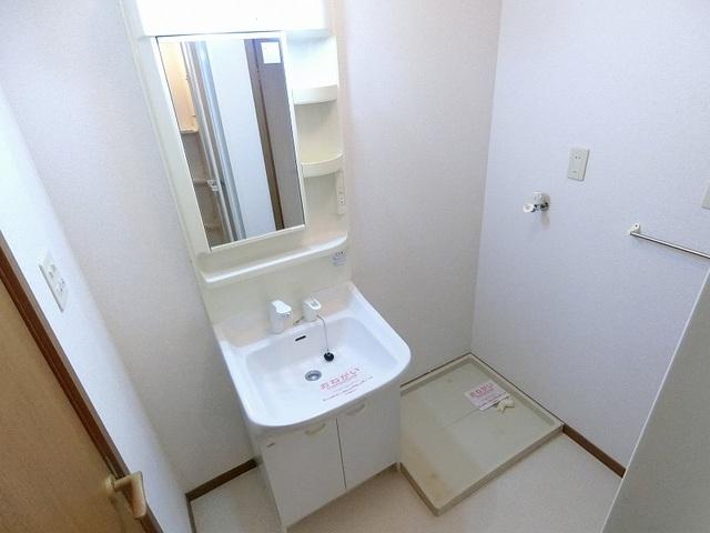 ノアA 02010号室の洗面所