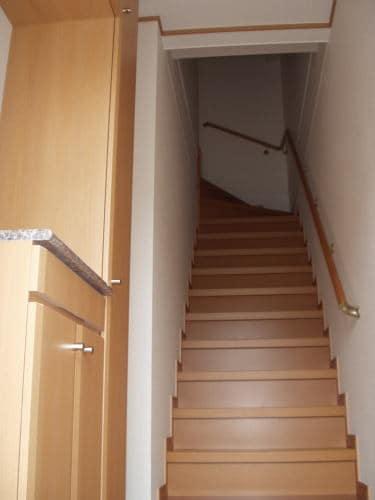 ミルトA 02010号室の玄関