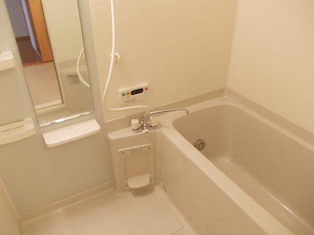 ミルトA 02010号室の風呂